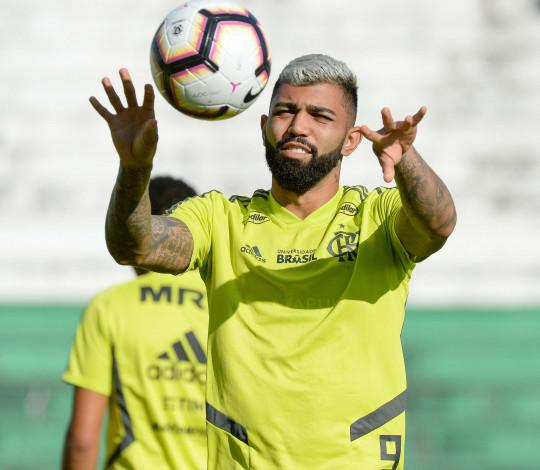 Flamengo estreia na Libertadores encarando time complicado, torcida fanática e altitude
