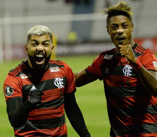 Bruno Henrique toca, Gabriel marca e Flamengo vence na estreia da Libertadores