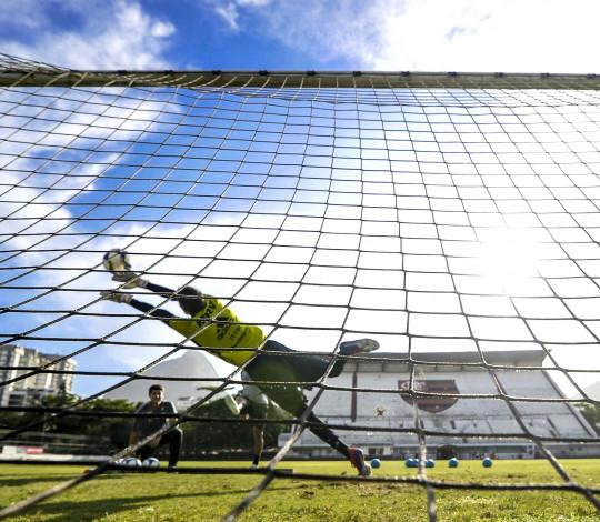 Embalado pela vitória na Libertadores, Flamengo encara o Vasco pela Taça Rio
