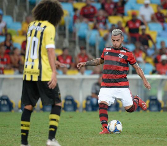 Flamengo fica no empate diante do Volta Redonda pela Taça Rio
