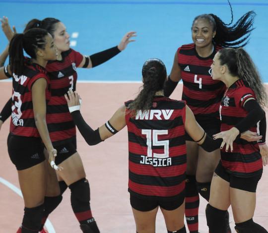Flamengo vence Franca por 3 sets a 0 e avança para a semifinal da Superliga B