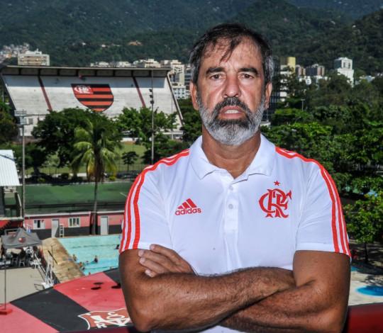 Marcos Gaspar será o técnico do Sub-18 de Futebol Feminino