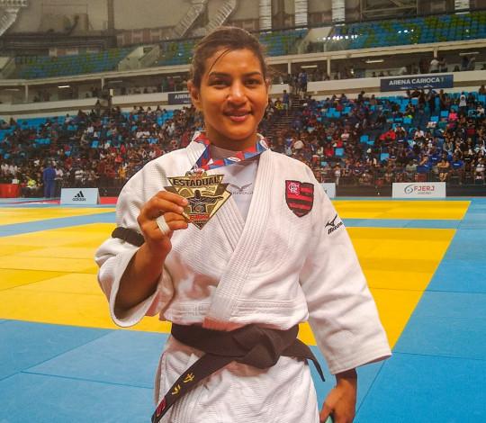 Sarah Menezes conquista medalha de ouro no Torneio de Abertura do Estadual