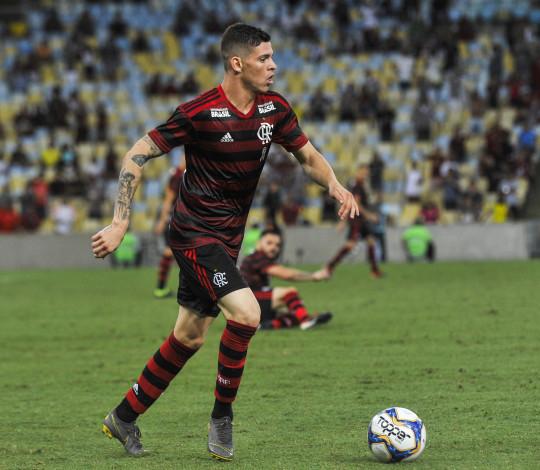 Flamengo encara o Vasco na decisão da Taça Rio
