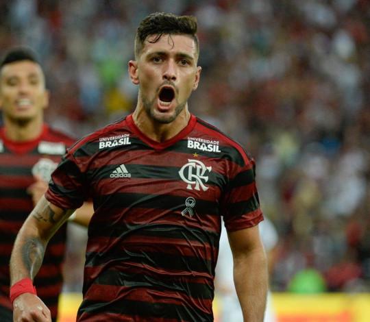 Flamengo vence o Vasco nos pênaltis e conquista a Taça Rio