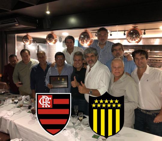 Dirigentes de Flamengo e Peñarol se reúnem na véspera do confronto pela Conmebol Libertadores