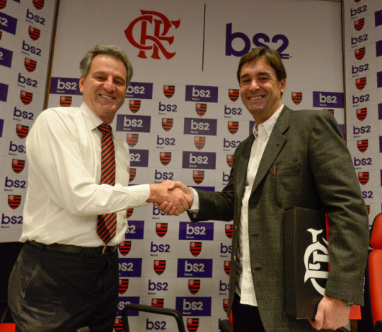 Flamengo apresenta oficialmente Banco BS2 como novo patrocinador master