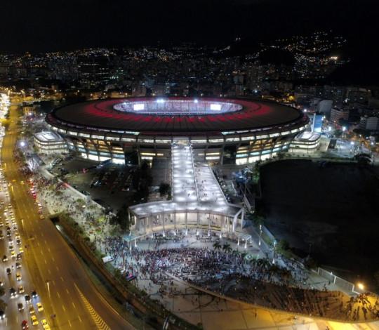 Flamengo e Fluminense celebram decisão do governo sobre administração do Maracanã