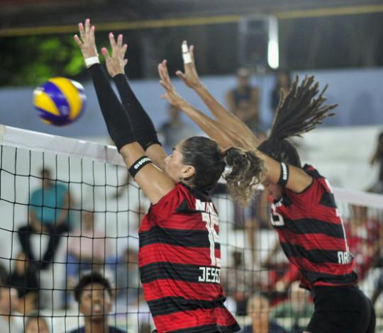 Garantido na elite, Flamengo encara Valinhos pelo título da Superliga B