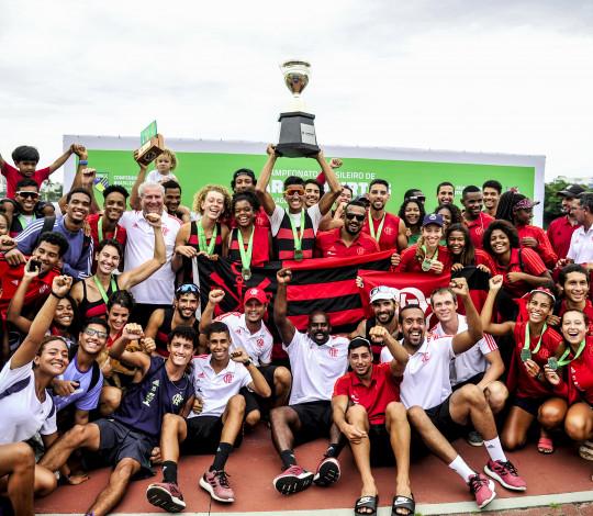 Flamengo é bicampeão do Brasileiro de Barcos Curtos e do Troféu Brasil de Barcos Curtos