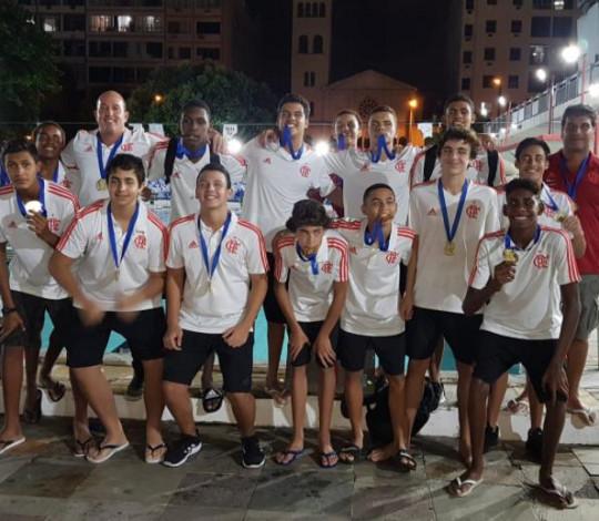 Flamengo conquista o título do Campeonato Estadual Sub-16 de polo aquático