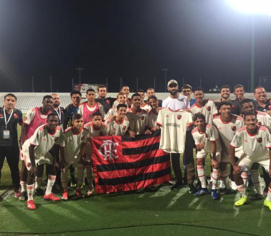 Sub-16 atropela Shabab Al-Ahli e avança para a final do Mundial