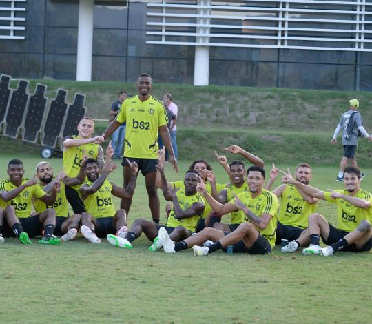 Na despedida de Juan, Flamengo enfrenta o Cruzeiro em jogo do Brasileirão