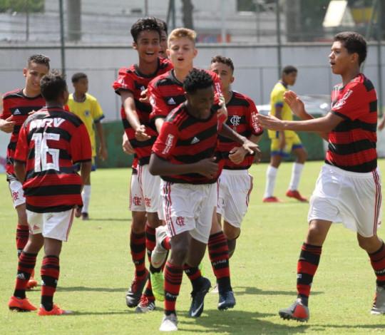 Com grande atuação coletiva, Sub-14 goleia o Canto do Rio pelo Metropolitano