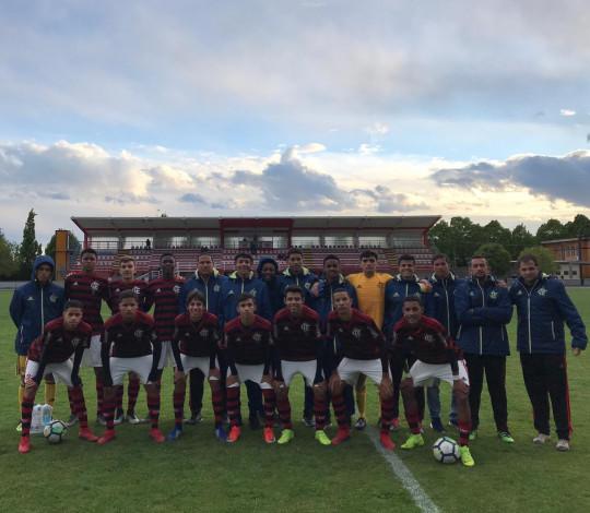 Sub-16 vence dois jogos nesta segunda e está na semifinal da Verona Cup com 100% de aproveitamento