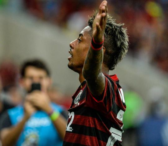 Em Porto Alegre, Flamengo encara o Internacional buscando a segunda vitória no Brasileirão