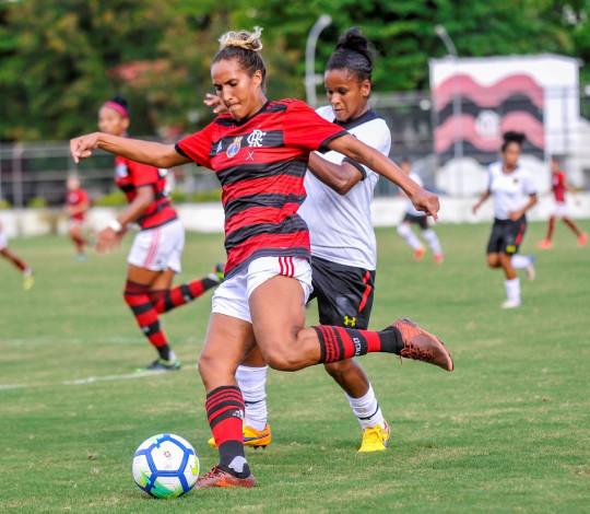 Flamengo/Marinha goleia Sport-PE e segue invicto no Brasileirão