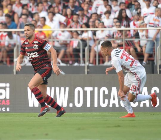 Flamengo empata com o São Paulo no Morumbi