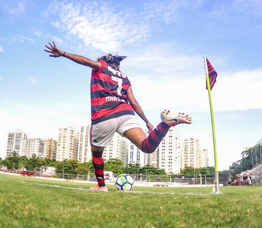 Flamengo/Marinha enfrenta Santos no Pacaembu