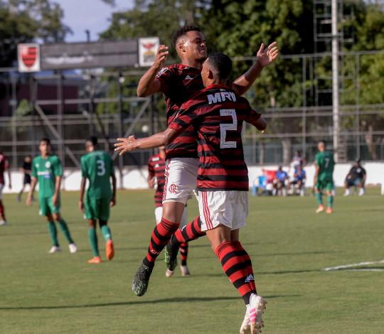 Com mais um hat-trick de Rodrigo Muniz, Sub-20 goleia o Boavista pela Taça Guanabara