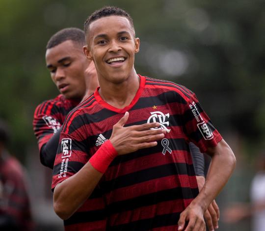 Sub-17 aplica maior goleada do Campeonato Brasileiro contra o Vitória
