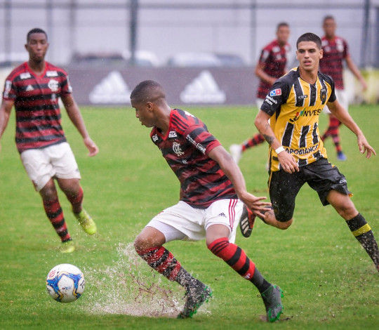 Sub-20 está na semifinal da Taça Guanabara