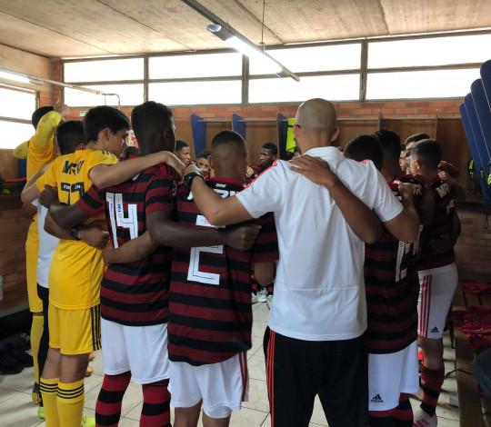 Flamengo perde para o Grêmio pelo Brasileiro Sub-17