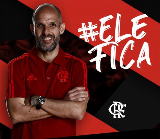Alexandre Ferrante renova contrato com o Flamengo e segue no comando do vôlei rubro-negro