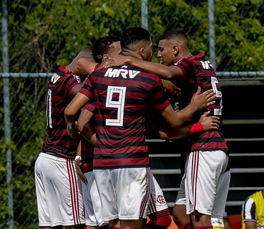Sub-20 vence Botafogo fora de casa e está na final da Taça Guanabara
