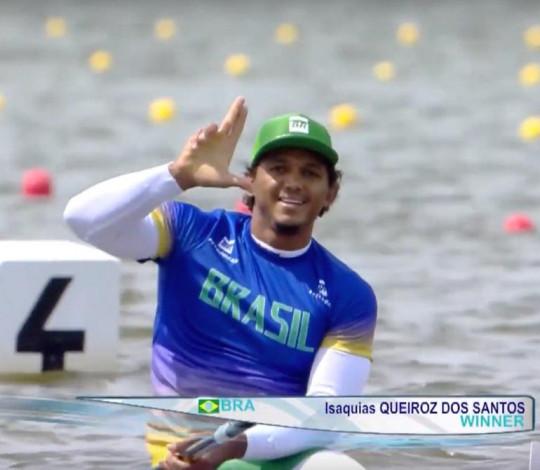 Isaquias Queiroz é ouro na Copa do Mundo de Canoagem