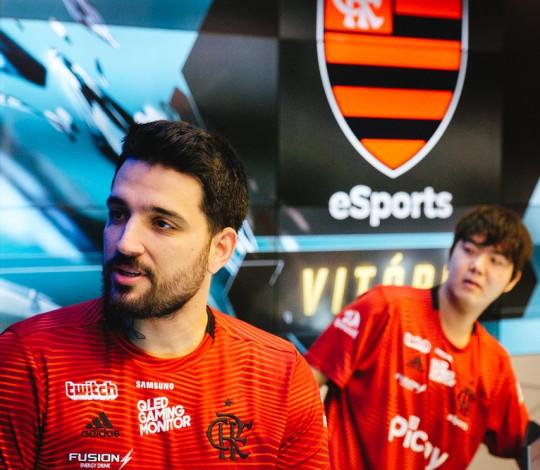 Flamengo eSports vence paiN e INTZ na estreia do CBLoL