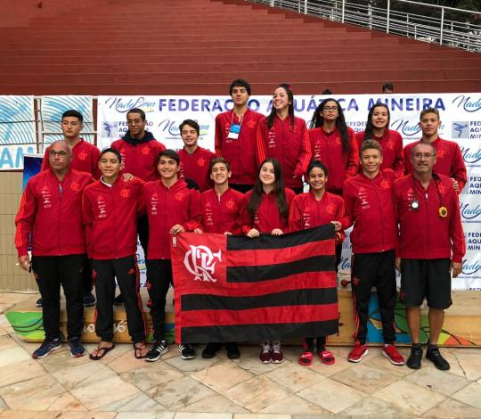 Flamengo conquista onze medalhas no Brasileiro Interclubes Juvenil de Natação
