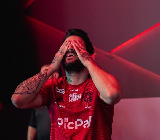 Flamengo eSports atropela Team oNe e paiN no retorno de Luci