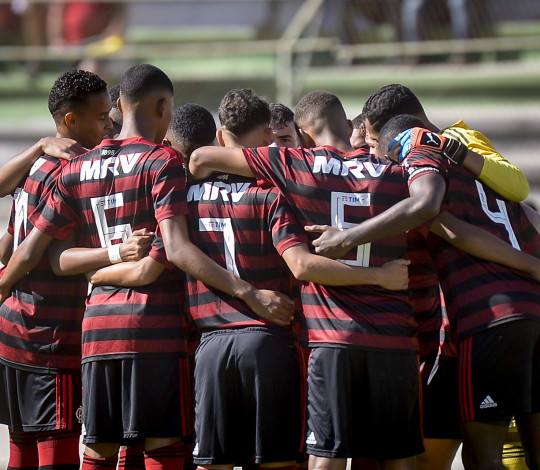 Sub-17 empata com o São Paulo fora de casa no jogo de ida da semifinal do Brasileirão