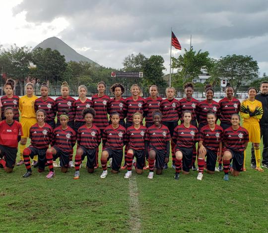 Flamengo Sub-18 empata com Duque de Caxias em amistoso na Gávea
