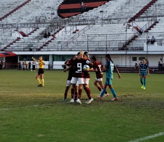 Em jogo duro, Flamengo/Marinha vence Minas Icesp e segue bem no Brasileiro Feminino