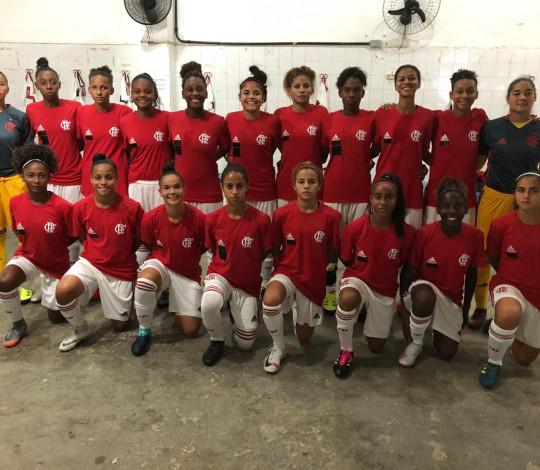 Flamengo empata com Vitória-BA na estreia do Brasileirão Feminino Sub-18