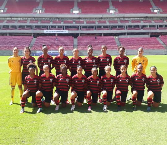 Flamengo Sub-18 atropela São Francisco e dispara na liderança do Grupo E