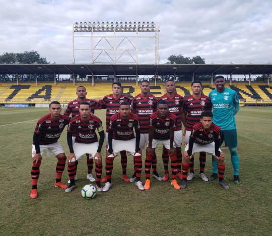 Sub-20 vence o Internacional e segue na liderança do Campeonato Brasileiro