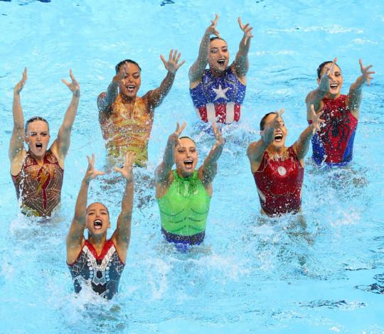 Com maioria rubro-negra, nado artístico do Brasil avança à final do Mundial