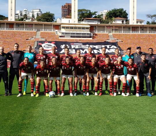 Flamengo/Marinha perde para Corinthians no Pacaembu