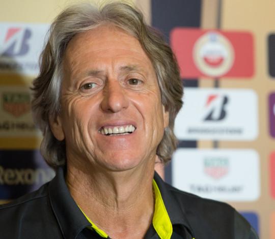 Jorge Jesus projeta jogo contra o Emelec no Equador