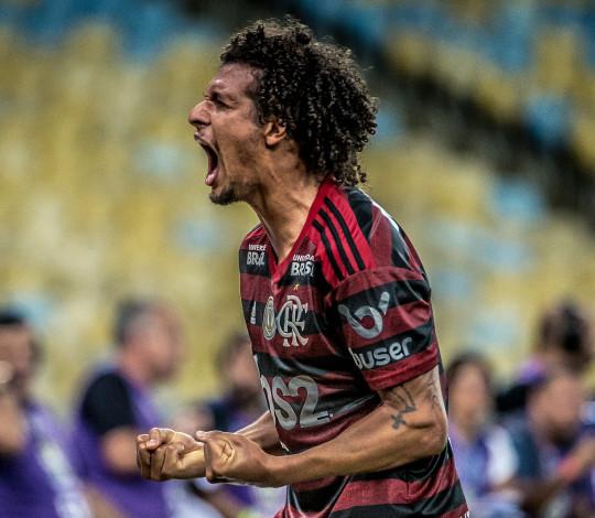 Flamengo supera o Grêmio no Maracanã