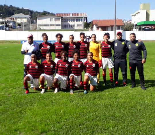 Flamengo vence Vitória-BA por 3 a 0 e estreia com pé direito no returno do Brasileiro Sub-18 Fem