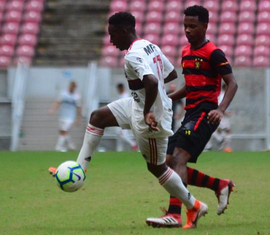 Sub-20 vence o Sport em Recife e segue na liderança do Campeonato Brasileiro