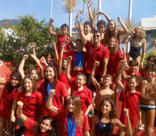Flamengo é campeão do Torneio Celebridades Mirim e Petiz de Natação