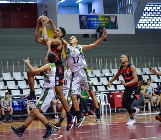 Flamengo vence o Asbavi-RO e soma a segunda vitória no CBI Sub-18
