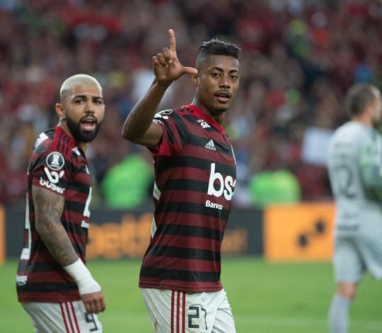 Mengão vence o Inter por 2 a 0 no jogo de ida das quartas da Liberta
