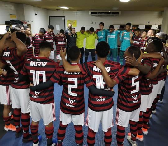 Sub-20 pressiona muito o Cruzeiro, mas perde a invencibilidade no Campeonato Brasileiro