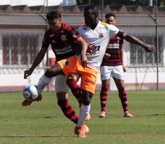 Sub-20 passa pelo Nova Iguaçu e está na semifinal da Taça Rio
